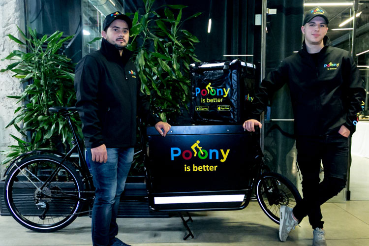 Poony-fast-delivery
