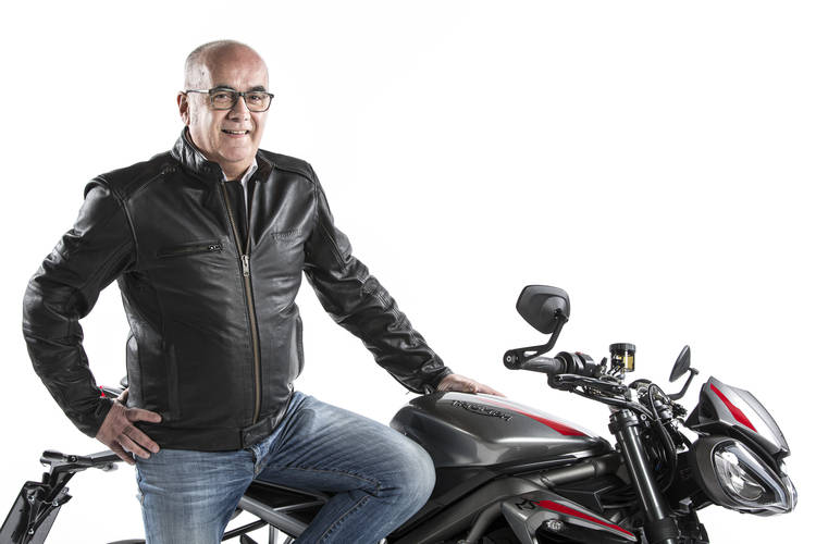 Angelo Crippa in sella a Triumph Motorcycles Italia